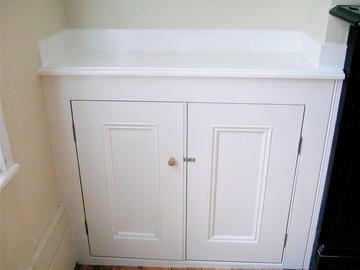 Beaded Panel Recessed Alcove Cupboard